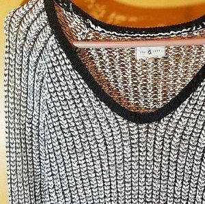 Lou & Grey Loose Knit B&W Sweater Hi Low Hem L
